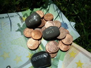 Geld und Steine