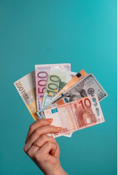 FINANZIELLE SICHERHEIT: Warum Du jetzt auf Dein Geld achten musst